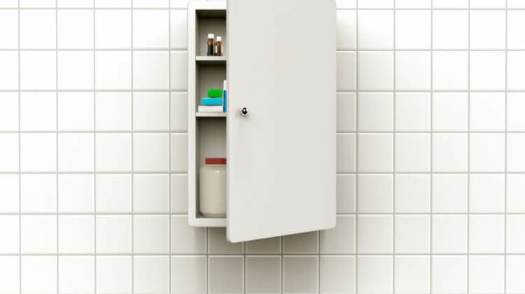 The 7 Best Medicine Cabinets For Small Bathrooms