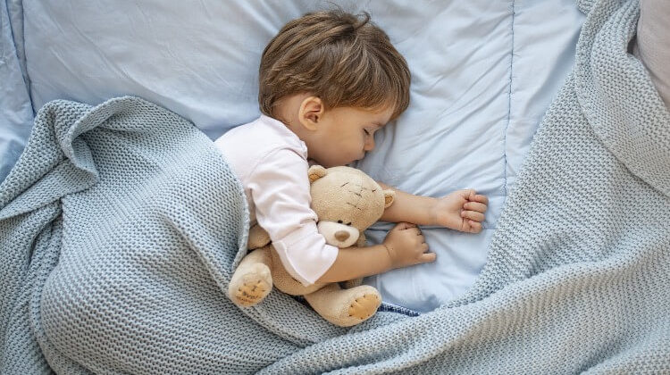 When To Transition To A Toddler Bed For Your Kids